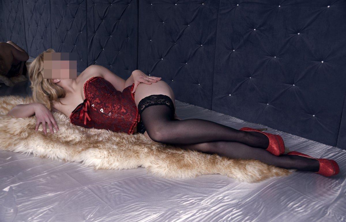 Проститутки индивидуалки транссексуалы санкт петербурга красотка гигантской